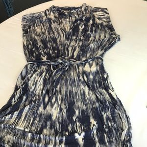 Velvet dress size large blue and white print
